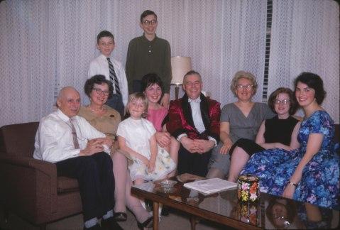 1962, famille Thivierge avec Noëlla et grands-parents de Kinder