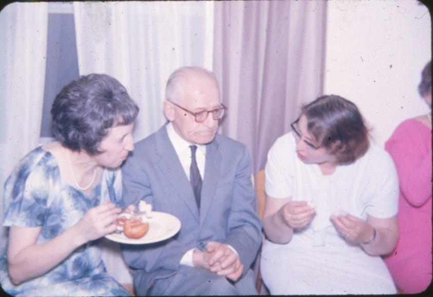 1965, approx Jeanne, Onkel et Jeanette
