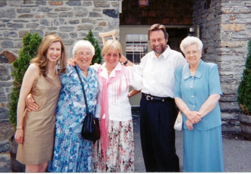 Anne, Henriette, Lucie, Robert et Simone Bertrand