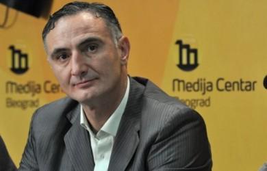 Vujiçiq: Deputetët serbë do ta votojnë Ushtrinë e Kosovës