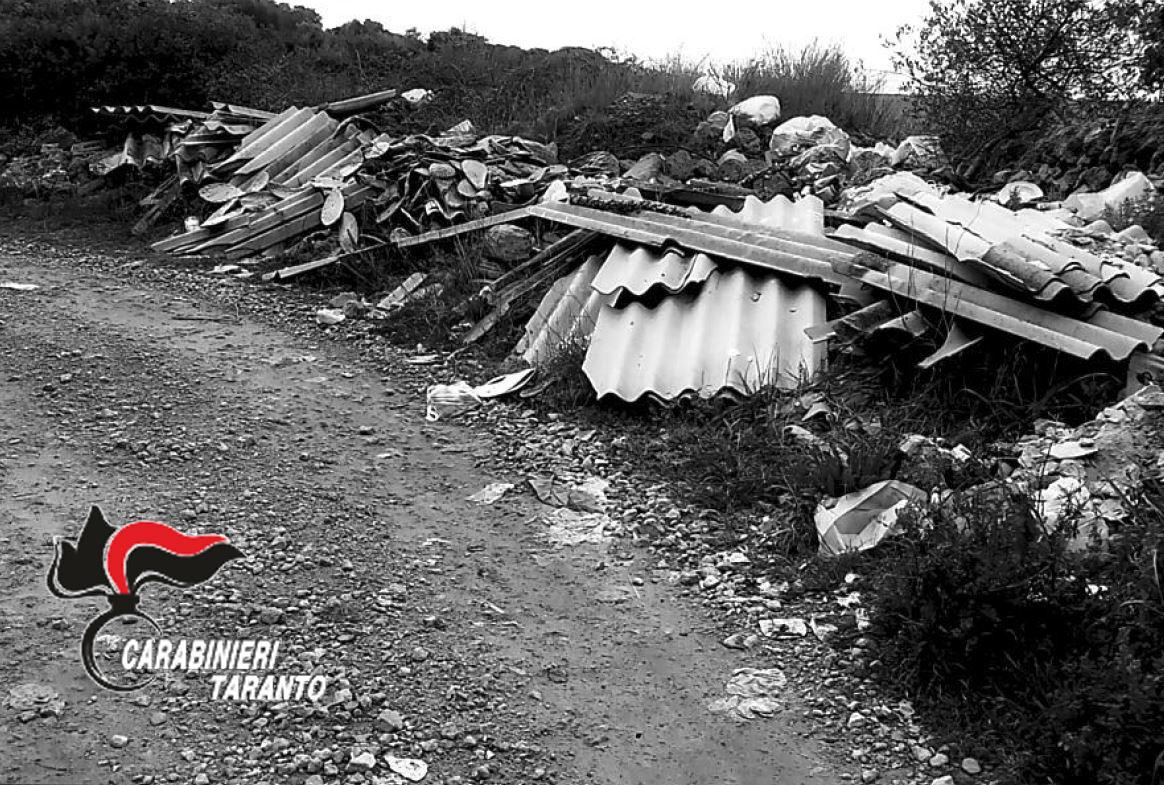 Foto abbandono di rifiuti 1