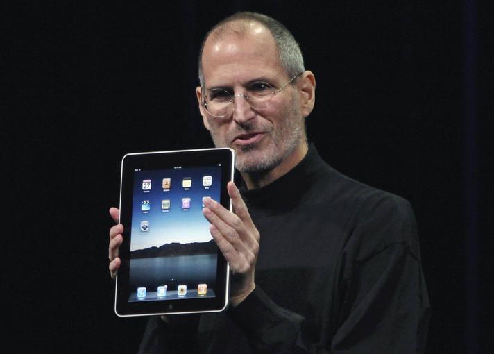 Steve Jobs presenta el iPad