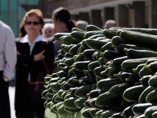 Ver vídeo  'La Comisión Europea eleva a 210 millones de euros la ayuda a los agricultores afectados por la 'crisis del pepino''