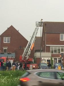 De brandweer rukte uit met een ladderwagen. Foto @miensie via http://www.rtvseaport.nl/nieuwstip.