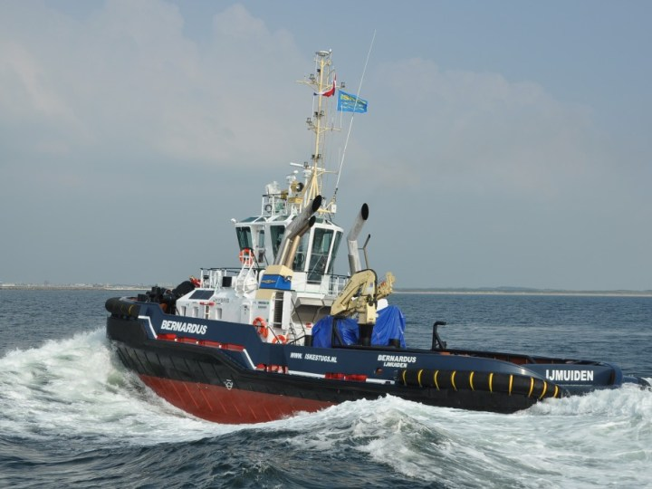 Nieuwe sleepboot in IJmuiden