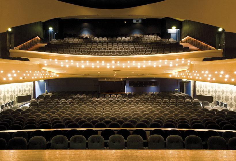 NH-theaters starten collectieve actie