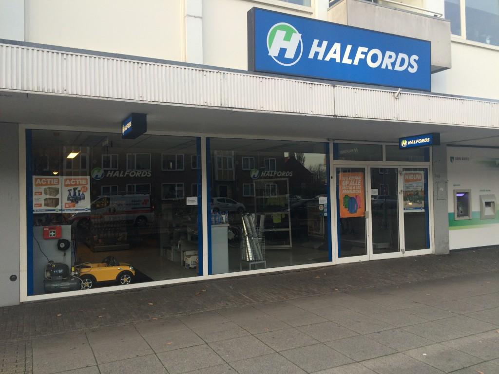 Doorstart Halfords mislukt: winkels dicht