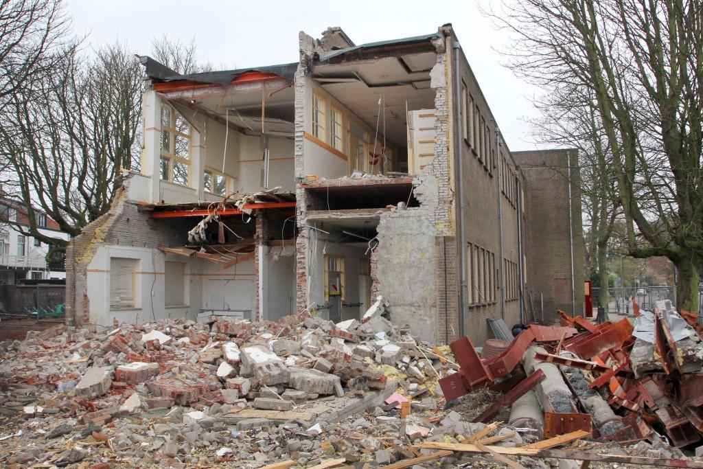 Bosbeekschool voor de helft gesloopt