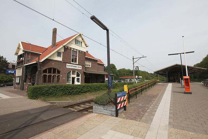 NS slaat station Santpoort-Zuid over