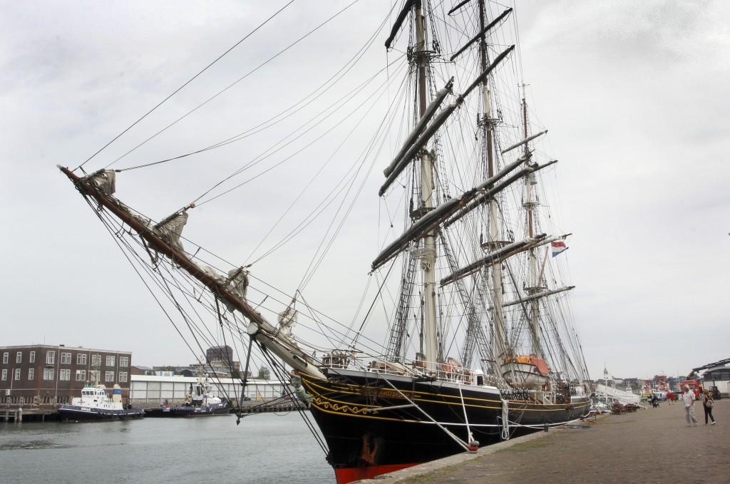 Eerste PreSail IJmond-schip meert aan