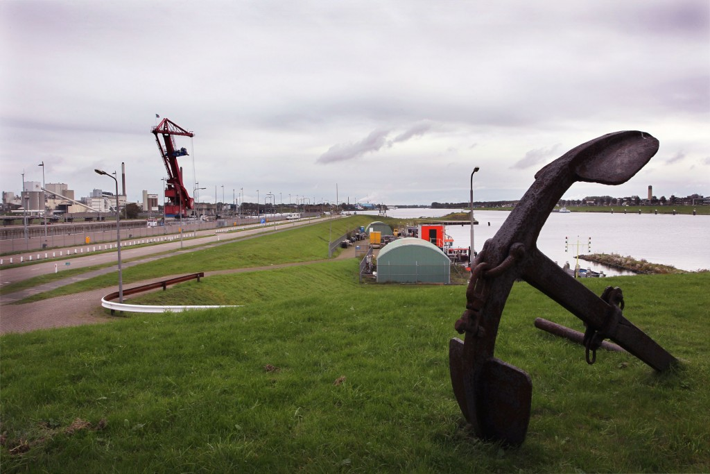 Opsporingsactiviteiten op Sluiseiland