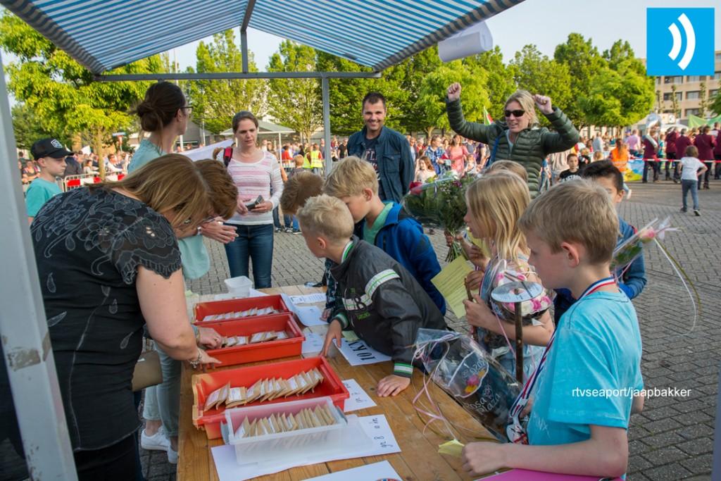 2016-05-27 Avond4daagse Velserbroek (15)
