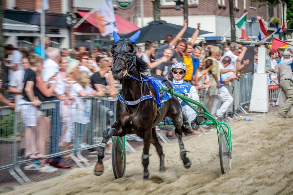 Spetterende feestweek in IJmuiden