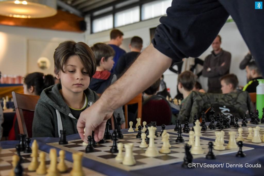 Simultaan schaken voor basisscholen (7)