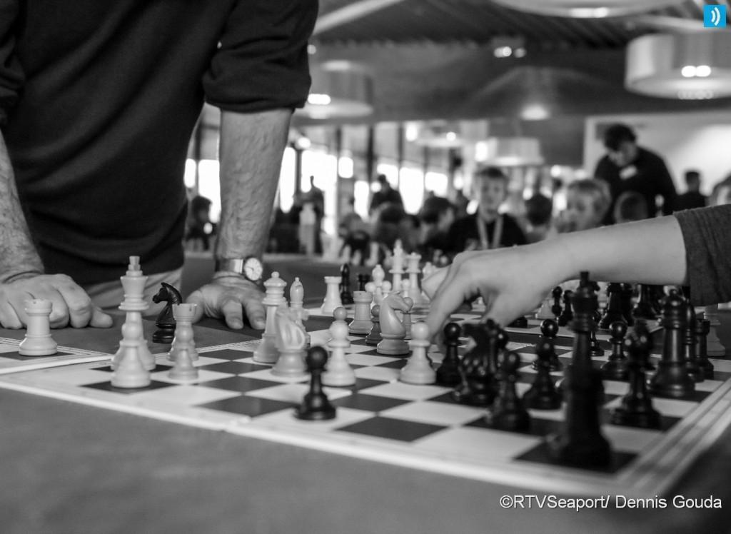 Simultaan schaken voor basisscholen (8)
