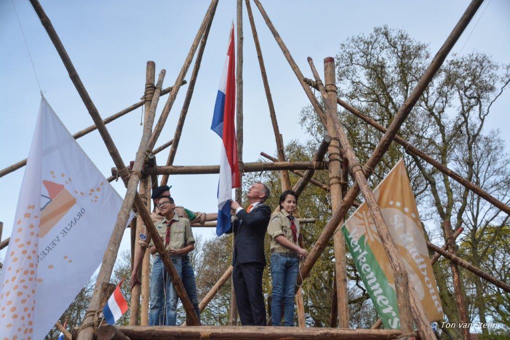 27-04-2017 Koningsdag santpoort (Ton) (11)
