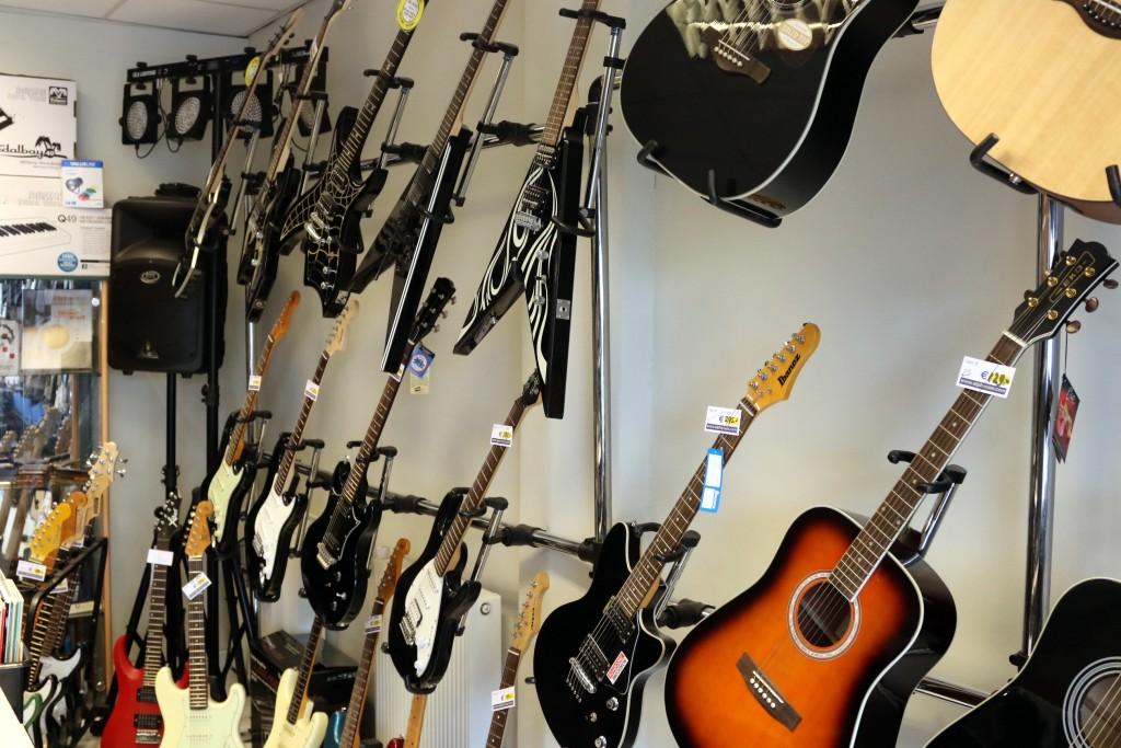 21 Mei Open Dag muziekwinkel Alphenaar