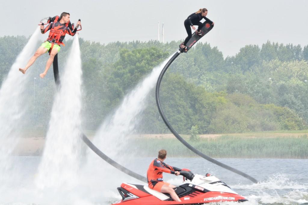 Kampioenschap Flyboarden bij villa Westend