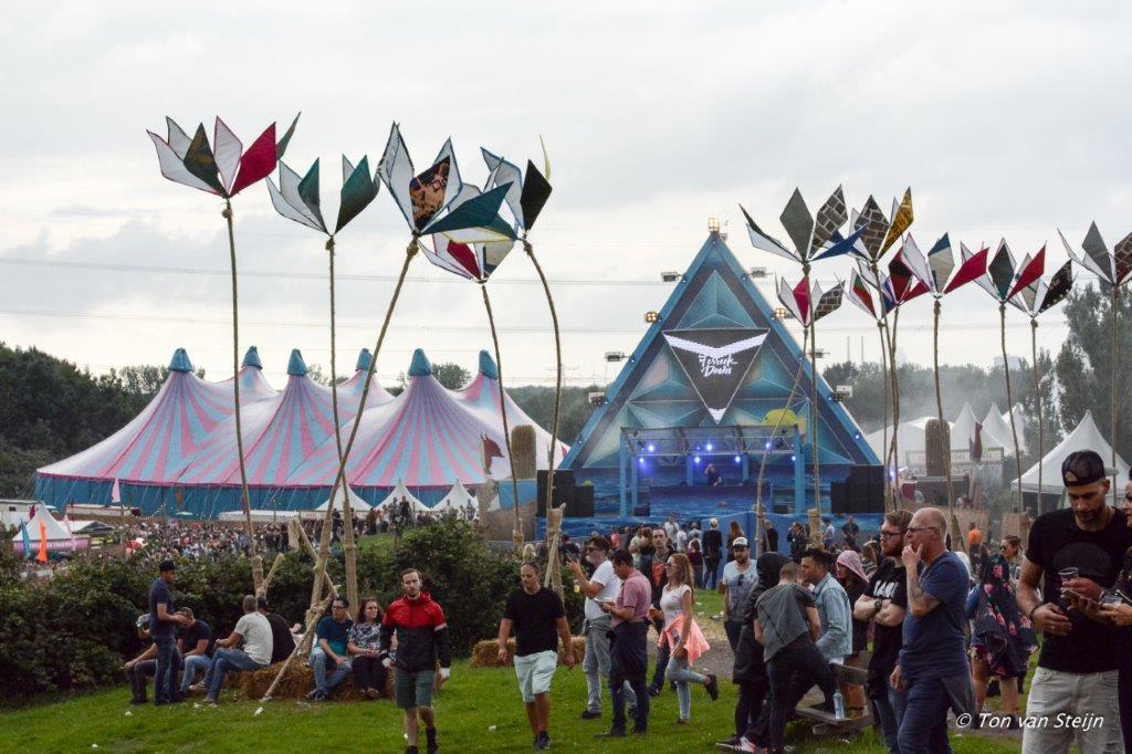 Toeslag op festivalkaartje uitgesteld