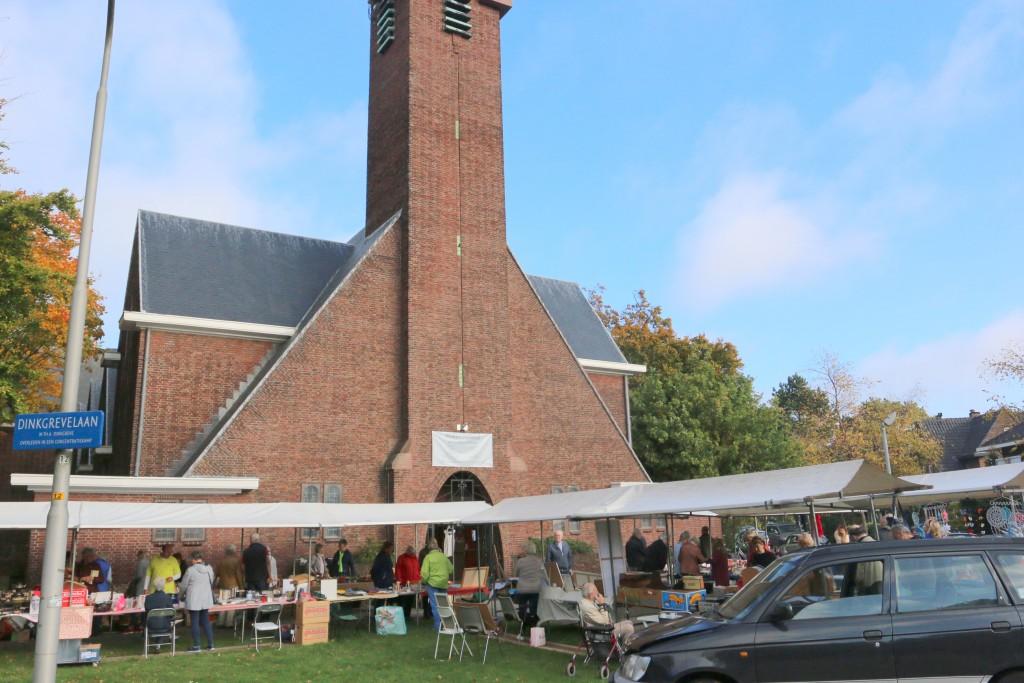 Pinkenveiling Naaldkerk Santpoort goed bezocht.
