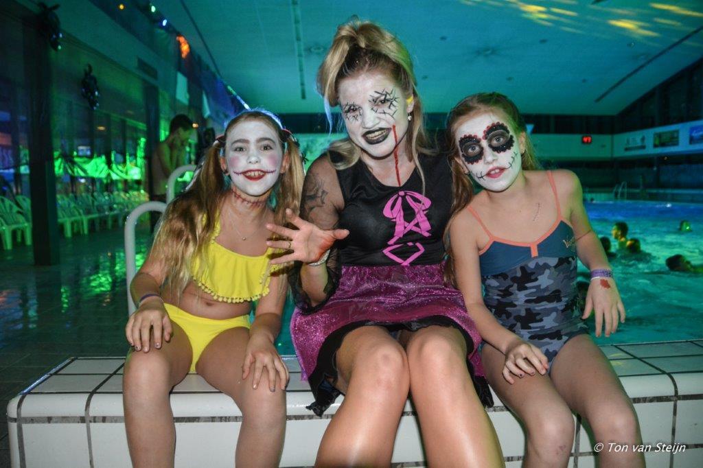 Halloween zwembad 2017 (7)