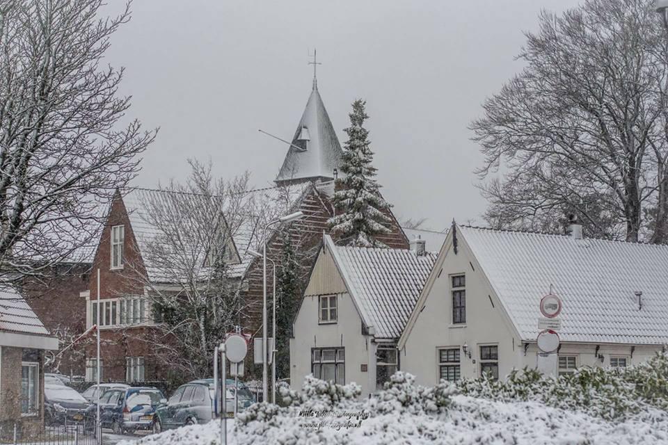 Update: Het sneeuwt! Foto's van Velsenaren