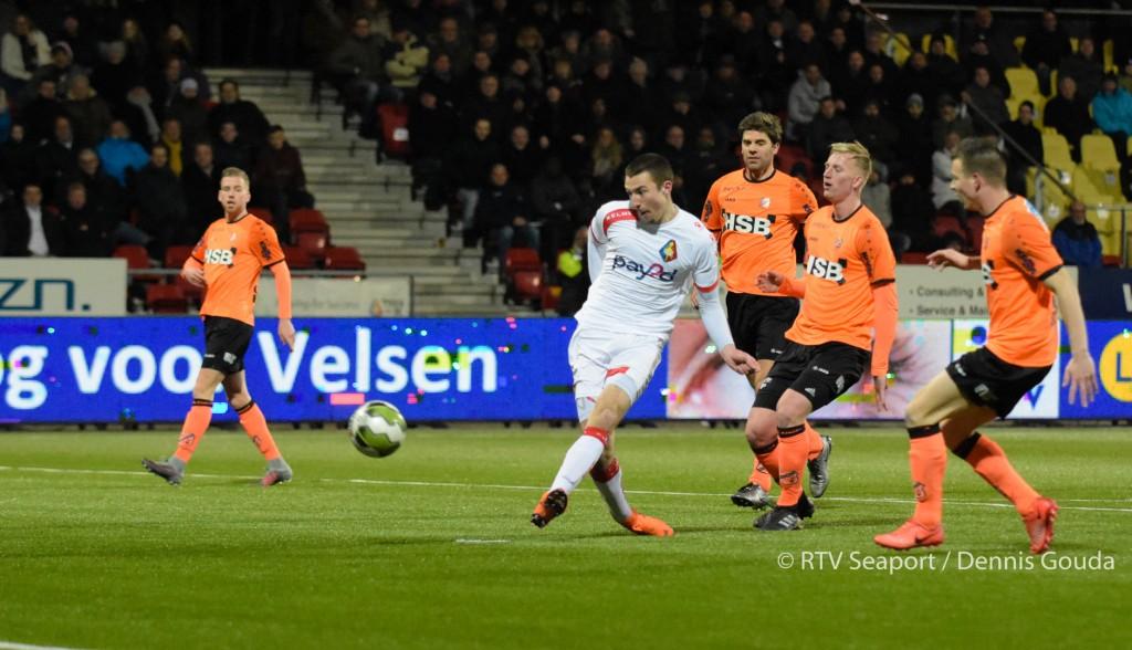 Telstar laat FC Volendam 5 keer vissen