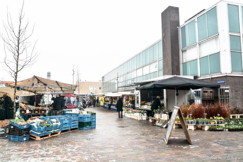 Weekmarkt IJmuiden op nieuwe plek Velserduinplein
