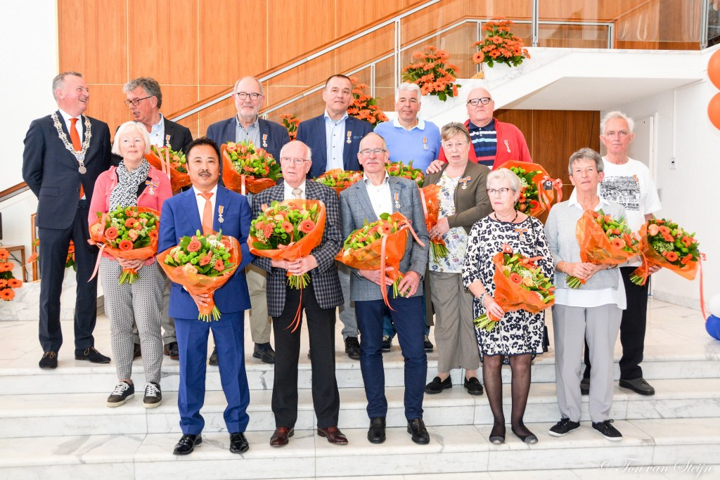 Dertien lintjes uitgereikt in Velsen