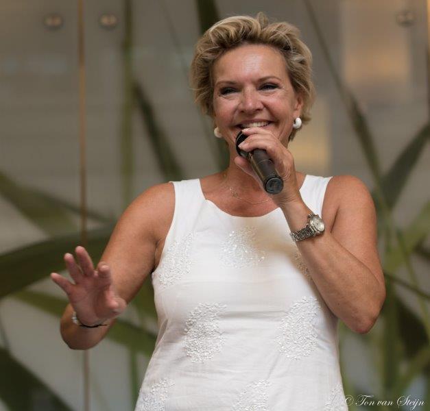 Sprankelend optreden Mariska van Kolck in Velserduin