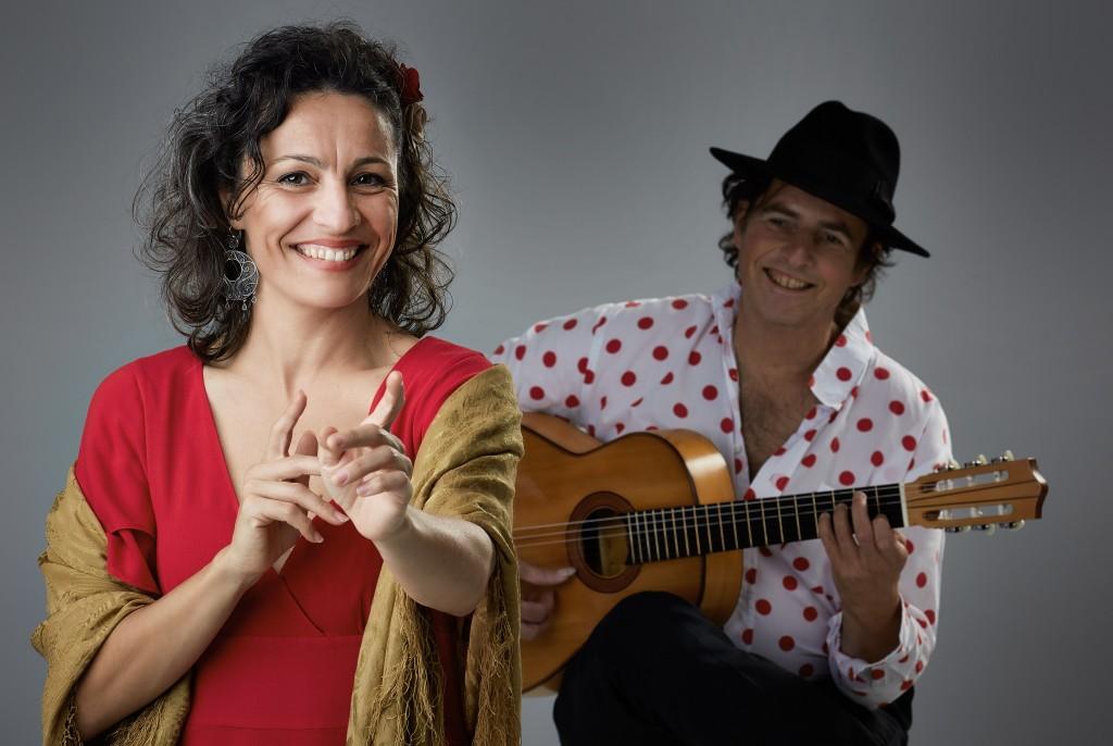 Spaanse zangeres bij Ruïne van Brederode