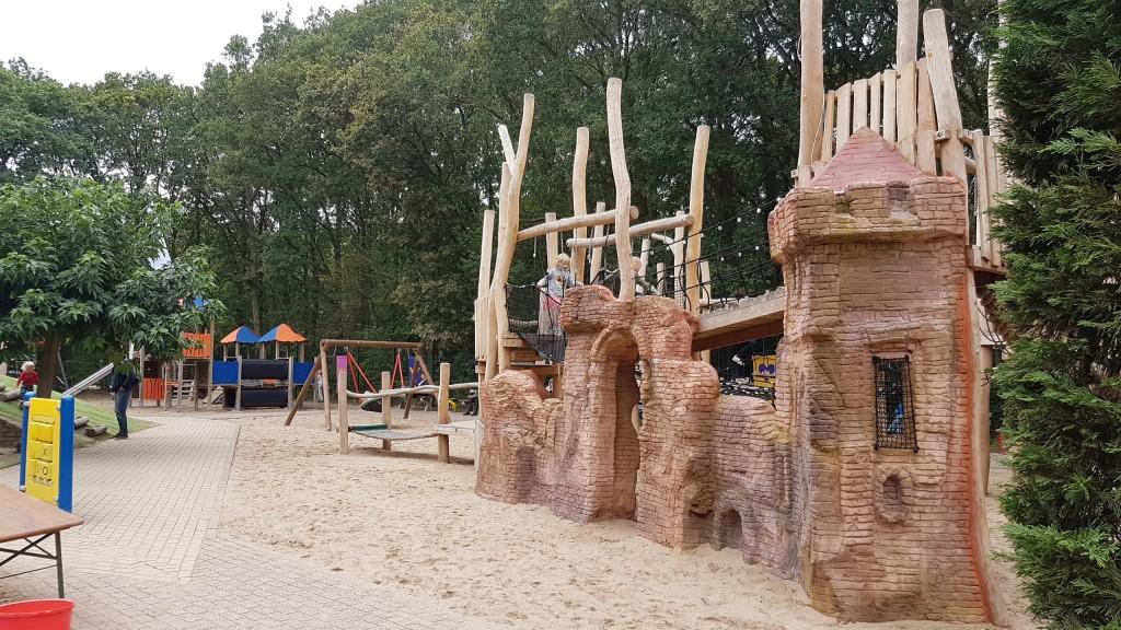 Nieuw kasteel voor Speeltuin Santpoort
