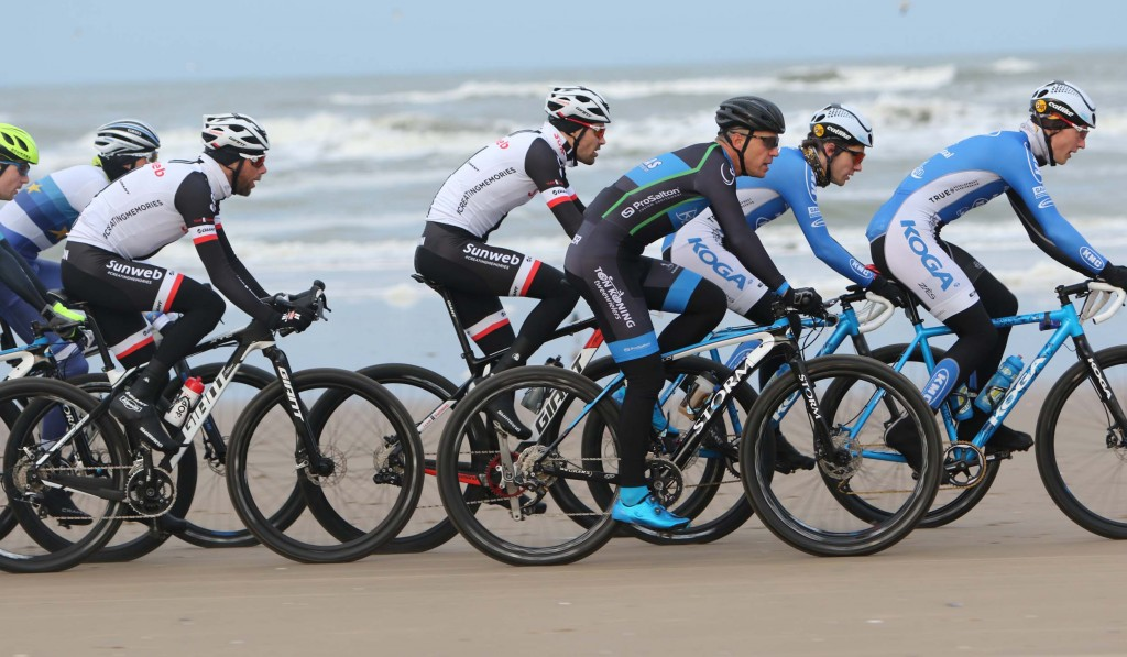 135 km fietsen over strand