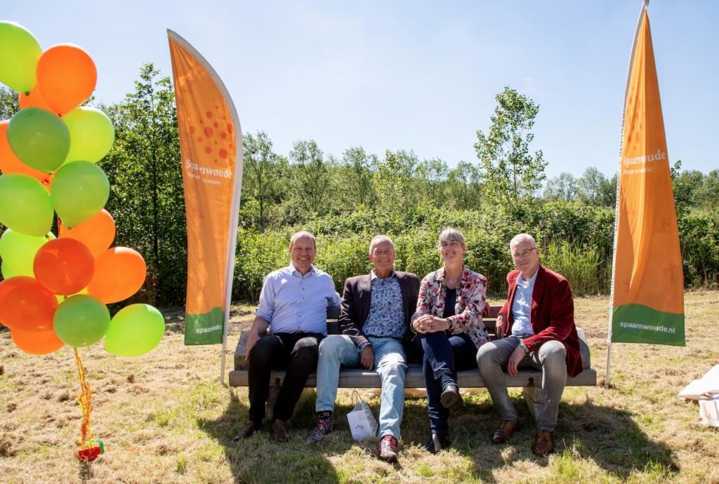 Bankje in Spaarnwoude voor Annette Baerveldt
