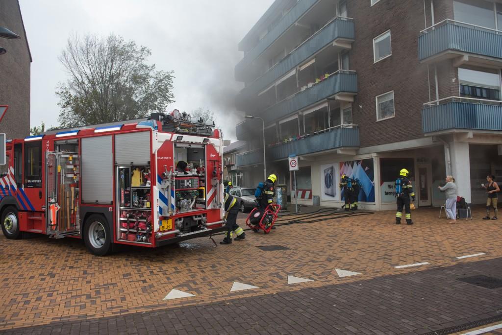 Brand in stomerij IJmuiden: vuur vermoedelijk in meterkast gestart