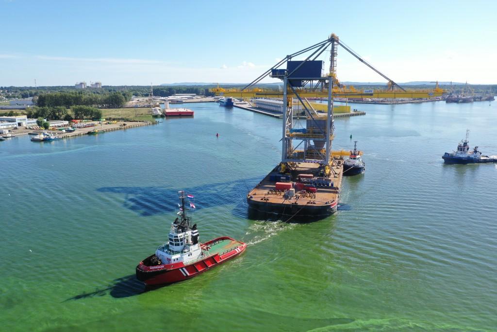 Nieuwe havenkraan voor Tata Steel