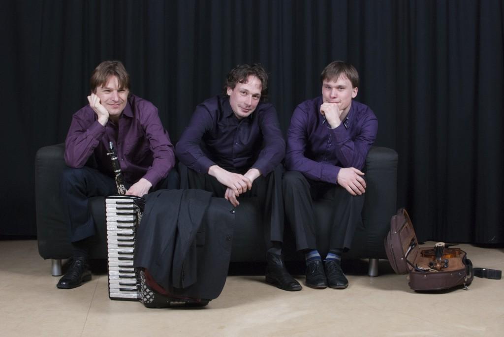 Trio C tot de Derde in 't Mosterdzaadje