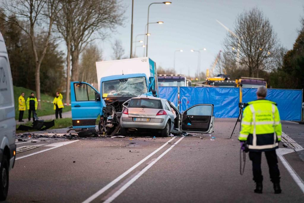 Ernstig ongeluk op N202 bij Velsen-Zuid, een persoon overleden