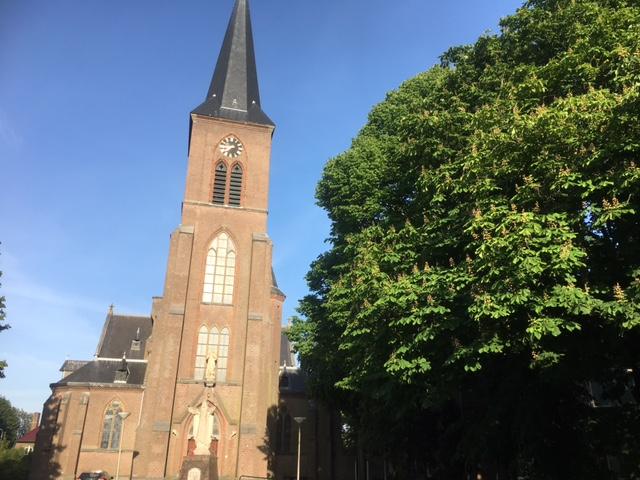 Toekomst Engelmunduskerk onder druk zonder woningbouw in de tuin
