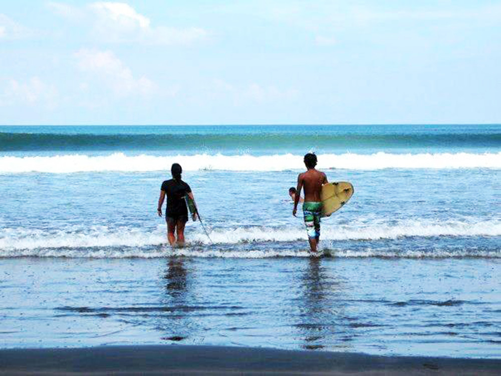 Hire Surf Guide Teacher Bali