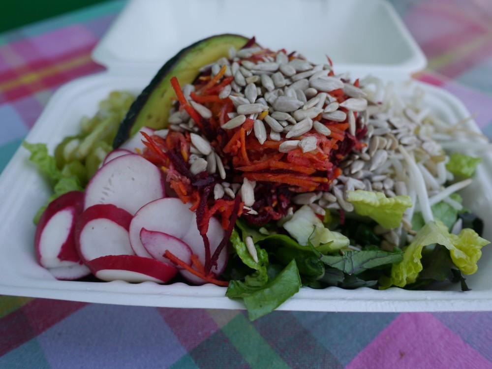Culver City Salads | www.rtwgirl.com