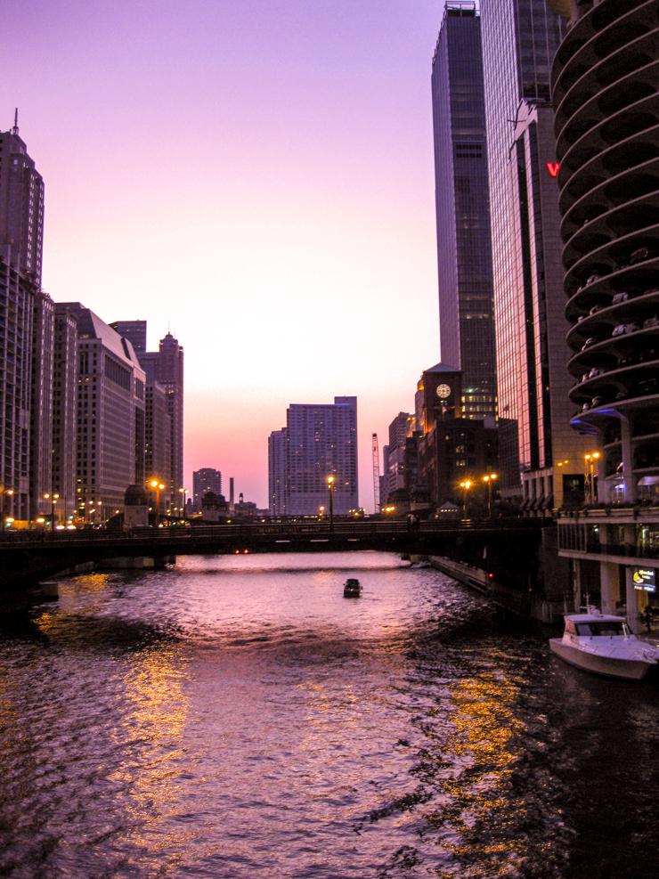 Chicago Destination Guide   www.rtwgirl.com