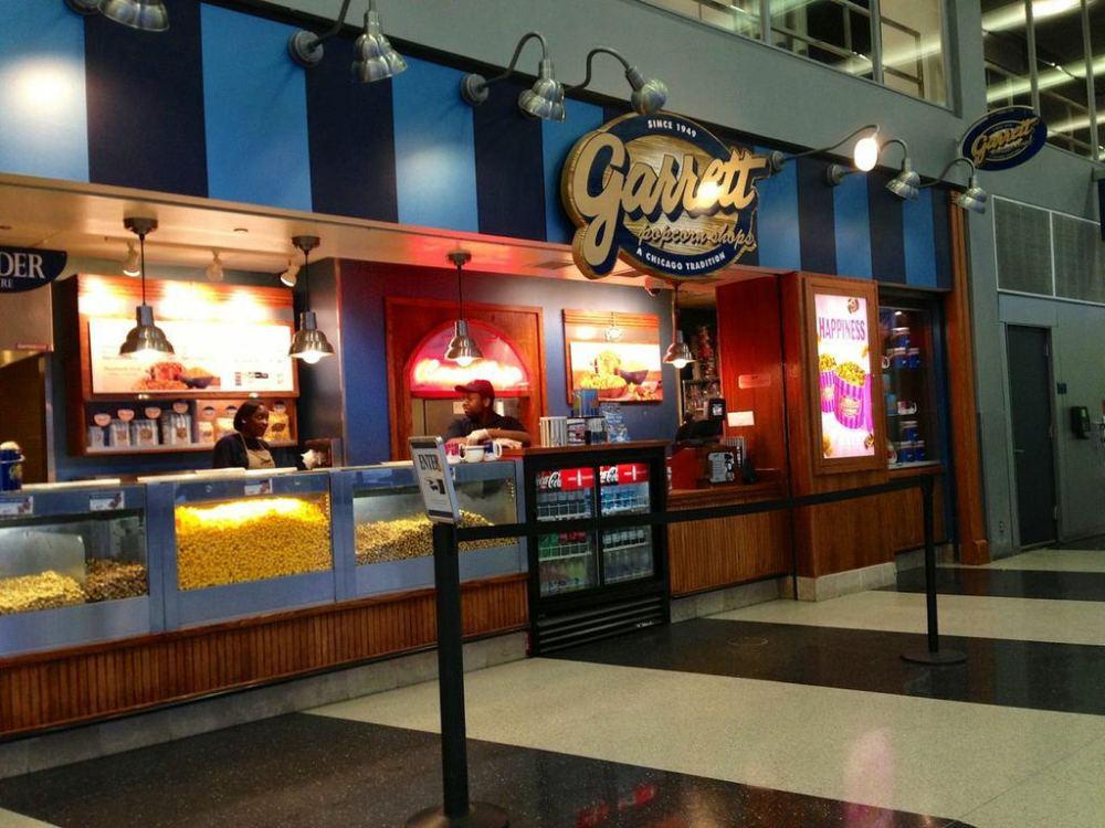 Garret's Popcorn Chicago   www.rtwgirl.com