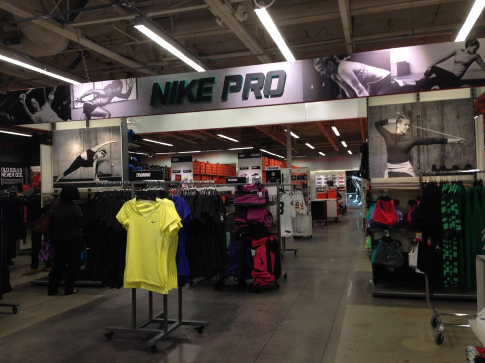 Nike Outlet Cabazon | www.rtwgirl.com
