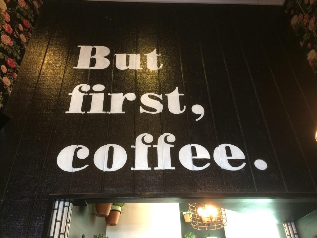 Alfred Los Angeles Coffee | www.rtwgirl.com