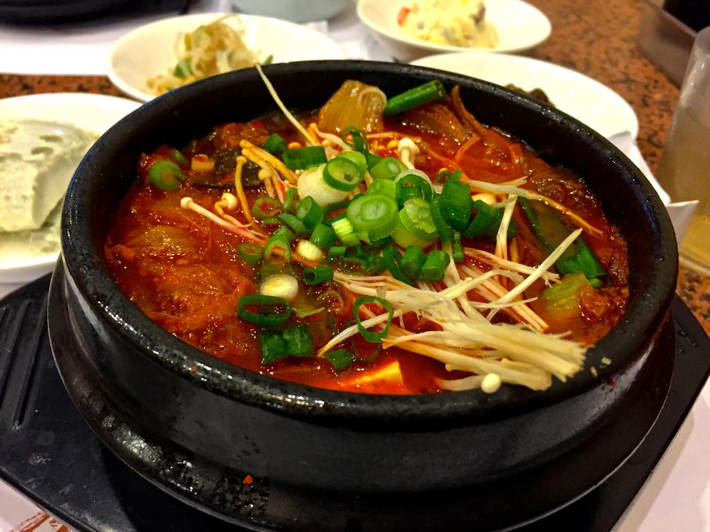 Seonguk Dong - Los Angeles Restaurants | www.rtwgirl.com