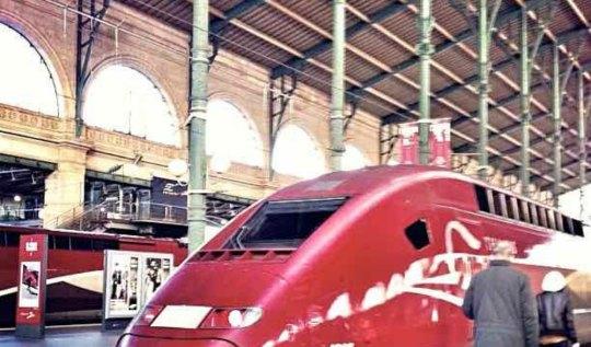 Rail Europe Paris France | www.rtwgirl.com