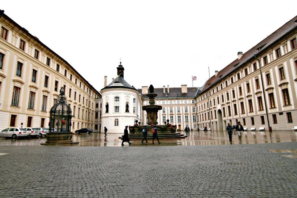 Prague Castle | www.rtwgirl.com