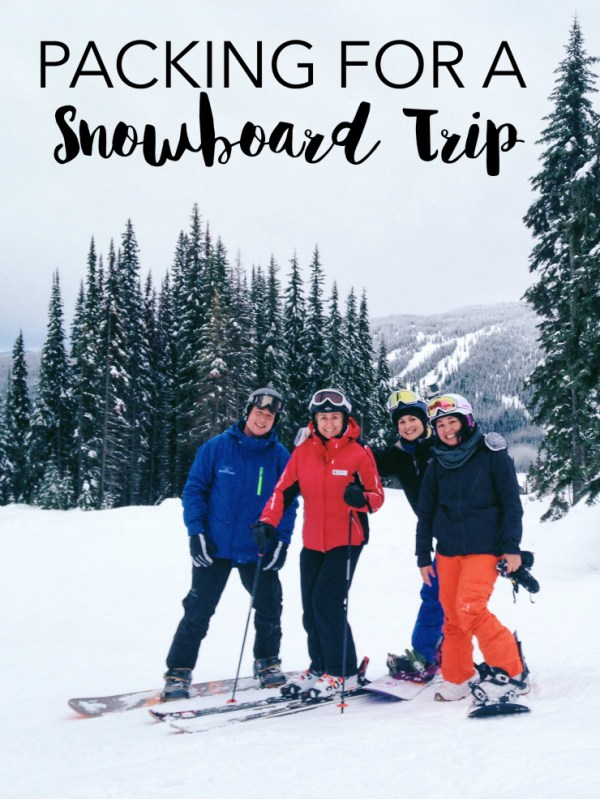 Snowboard Packing List | www.rtwgirl.com