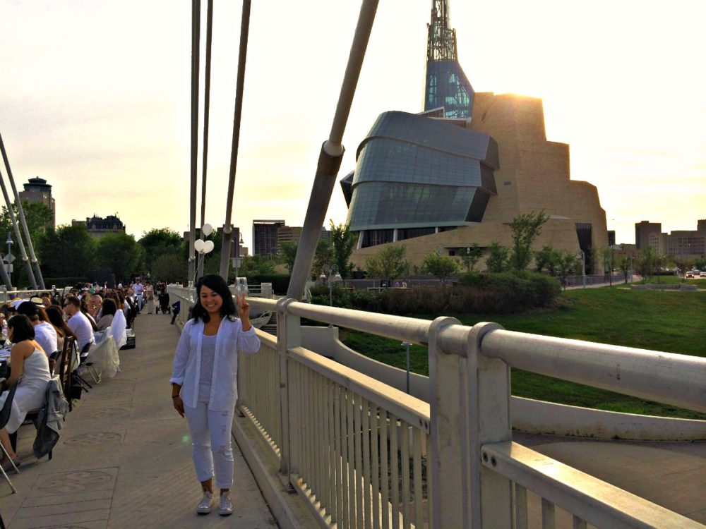 Table For 1200 Winnipeg | www.rtwgirl.com